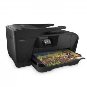 Offering borderless printing in sizes up to A3 and speeds of up to 15 B&W/8 colour pages per minute