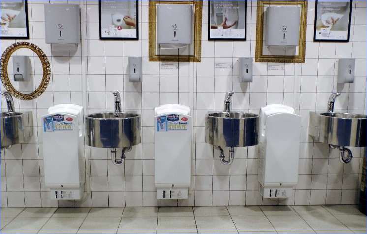 At ISSA/ Interclean Amsterdam 2016, it analysed the behaviour of 3,879 visitors to four washrooms equipped with both paper towels and jet air dryers.